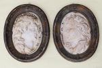 Paire de profils en marbre XVIII
