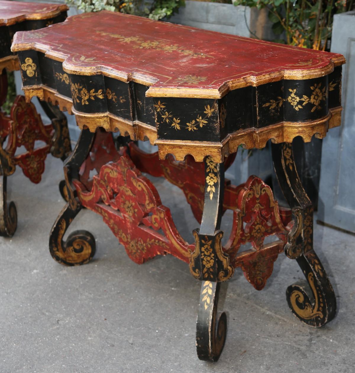 Paire de consoles Autriche XIXème