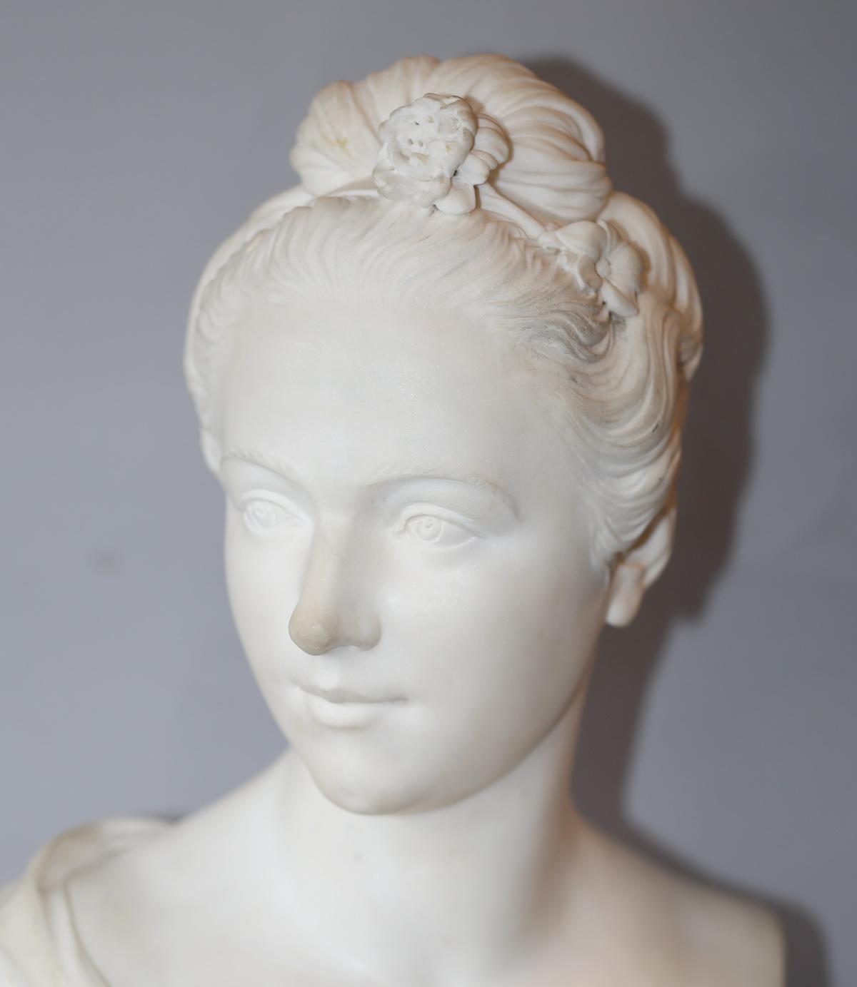 Ecole Française du XIXème buste en marbre
