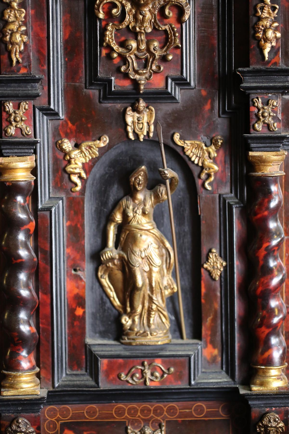 Cabinet Portugal ou Esagne époque XVII