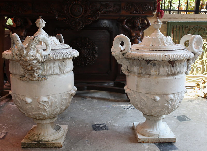 Society of Val d'Osne pair of large vases