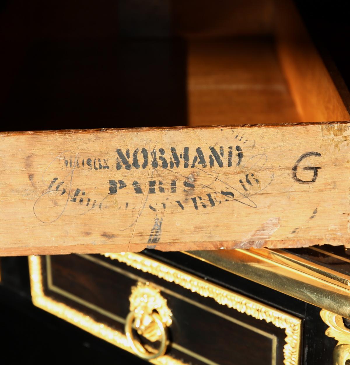 Bureau de style Régence, signé Normand 1880