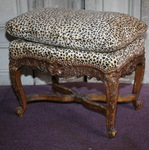 Tabouret style Louis XV