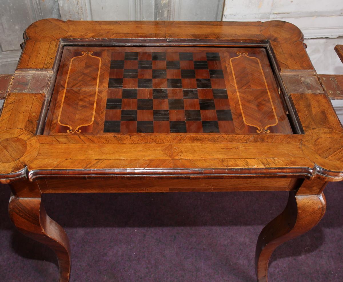 Table à jeu Suisse XVIII