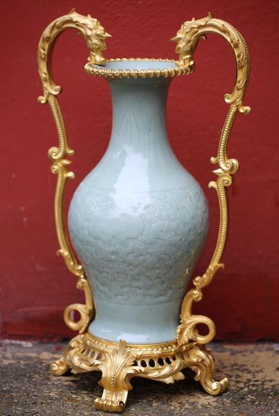 Vase céladon Chine XVIII