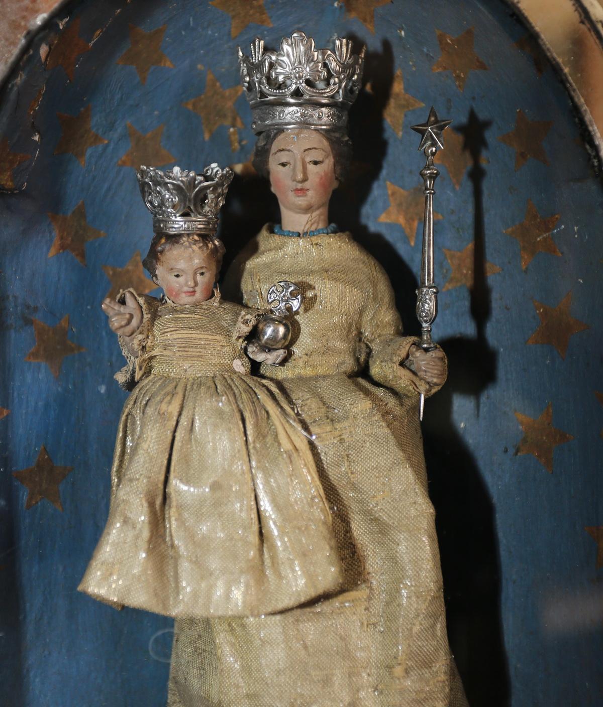 Vierge à l'enfant XVIII