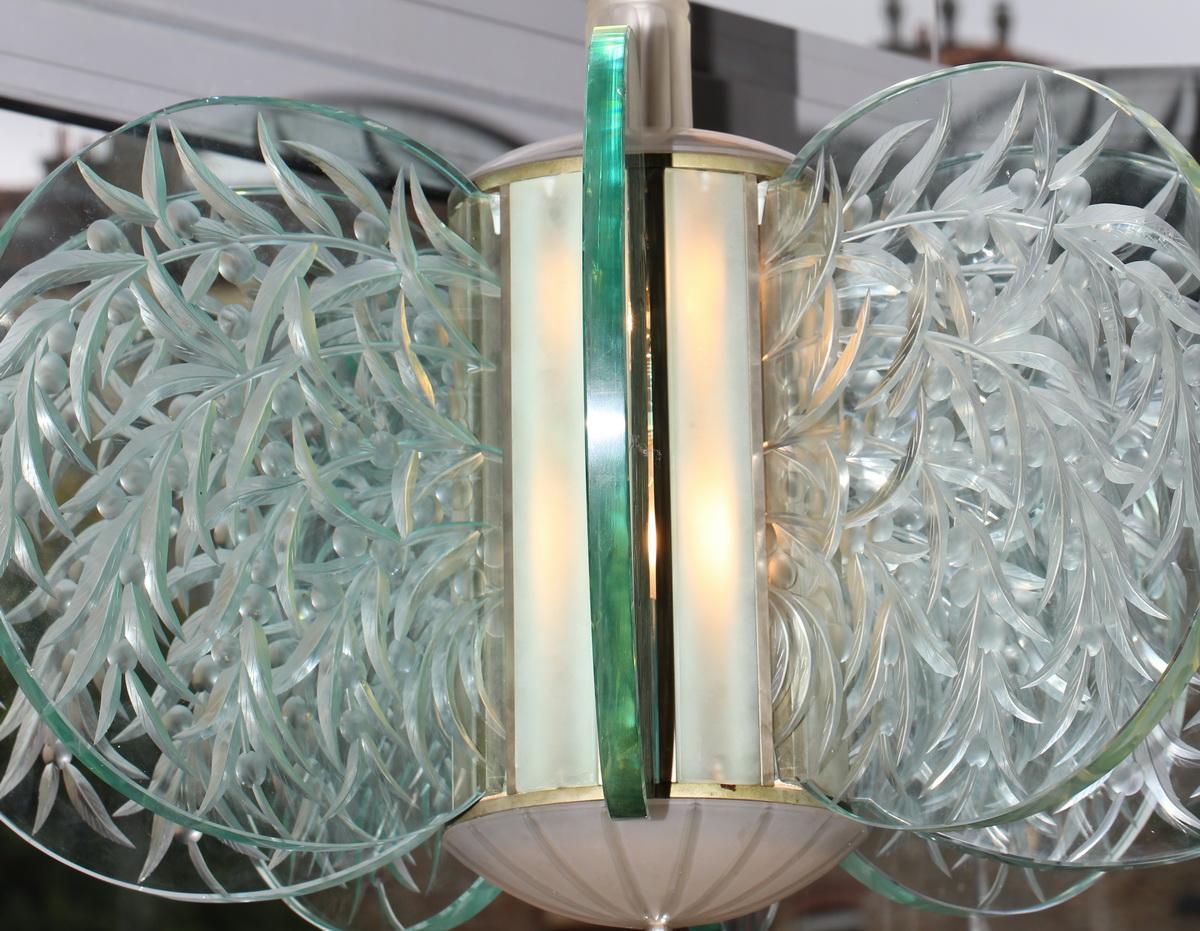 lustre en verre gravé circa 1930