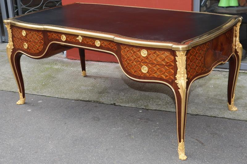 Bureau plat style Louis XV circa 1880