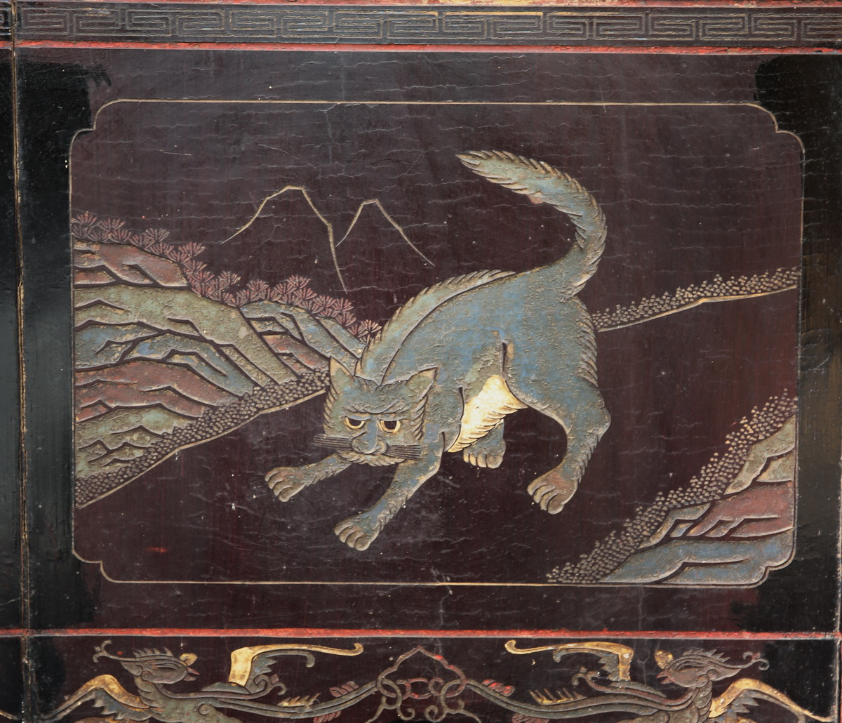 Screen in coromandel lacquer