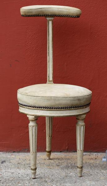 Chaise voyeuse d'époque Louis XVI