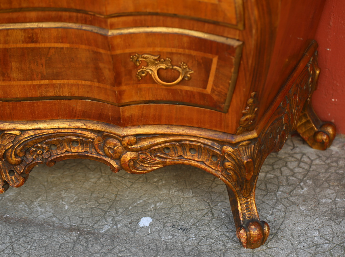 Commode italienne style XVIII.