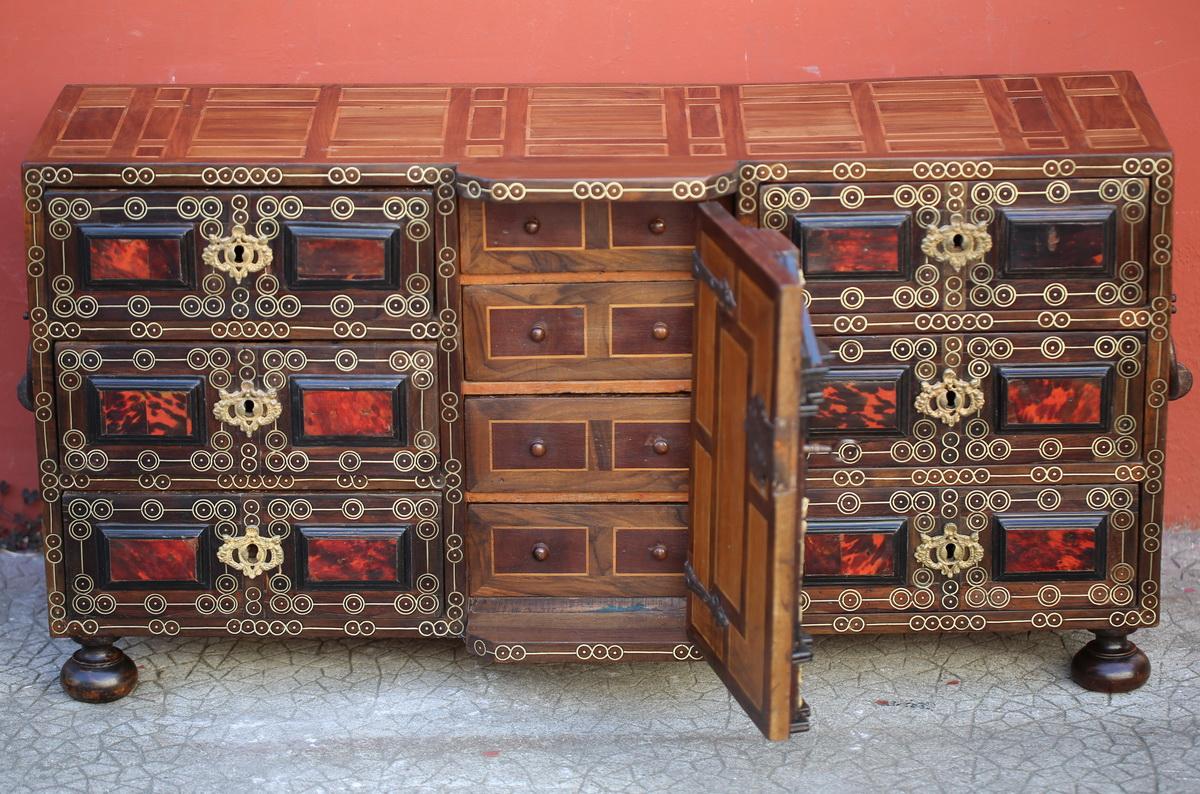 Cabinet Italien XVII