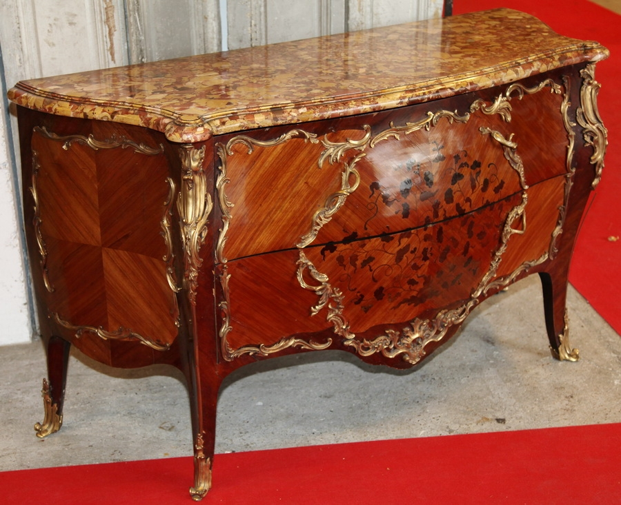 commode style louis xv circa 1880. Black Bedroom Furniture Sets. Home Design Ideas