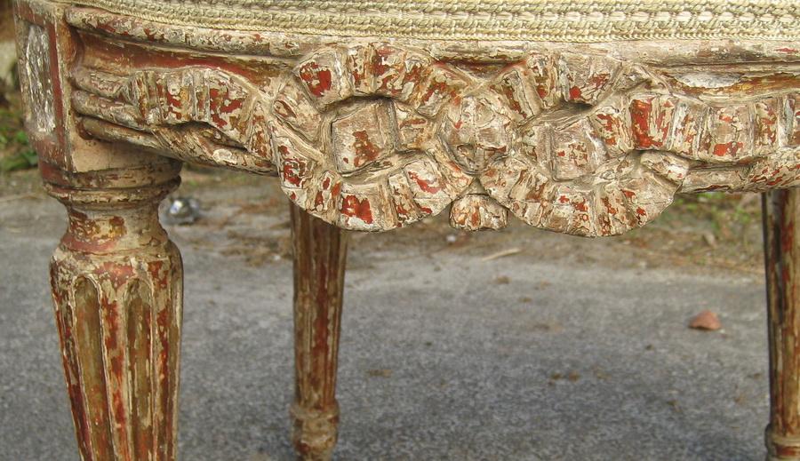 Paire de chaises Louis XVI