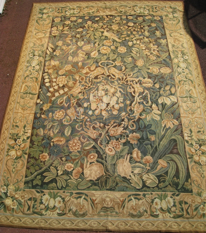TAPIS petit point circa 1900