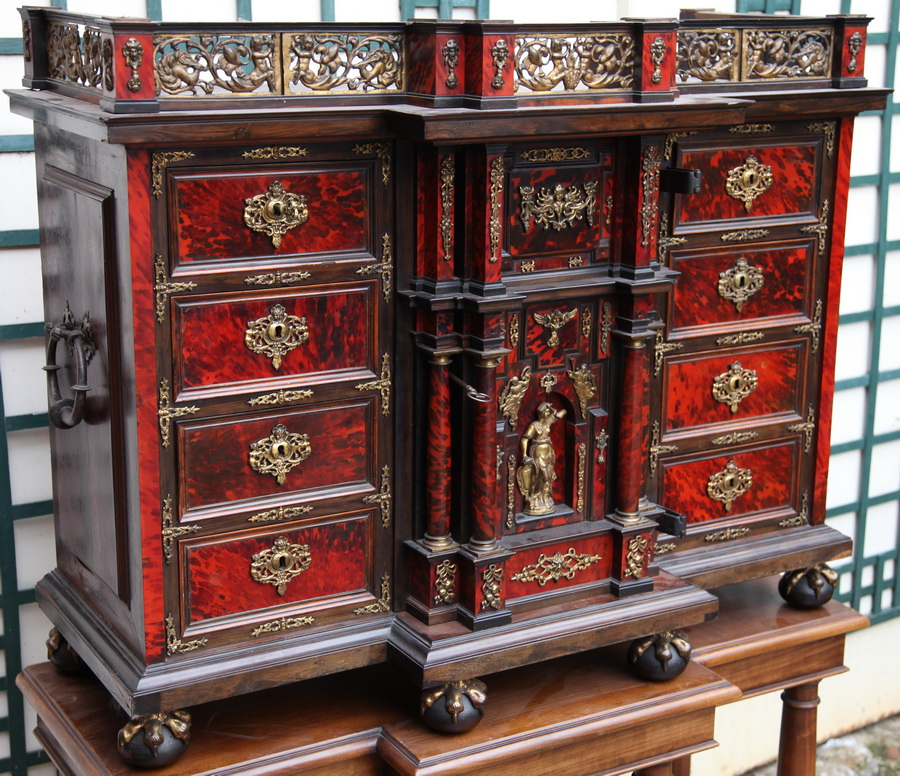 CABINET 17th Anvers